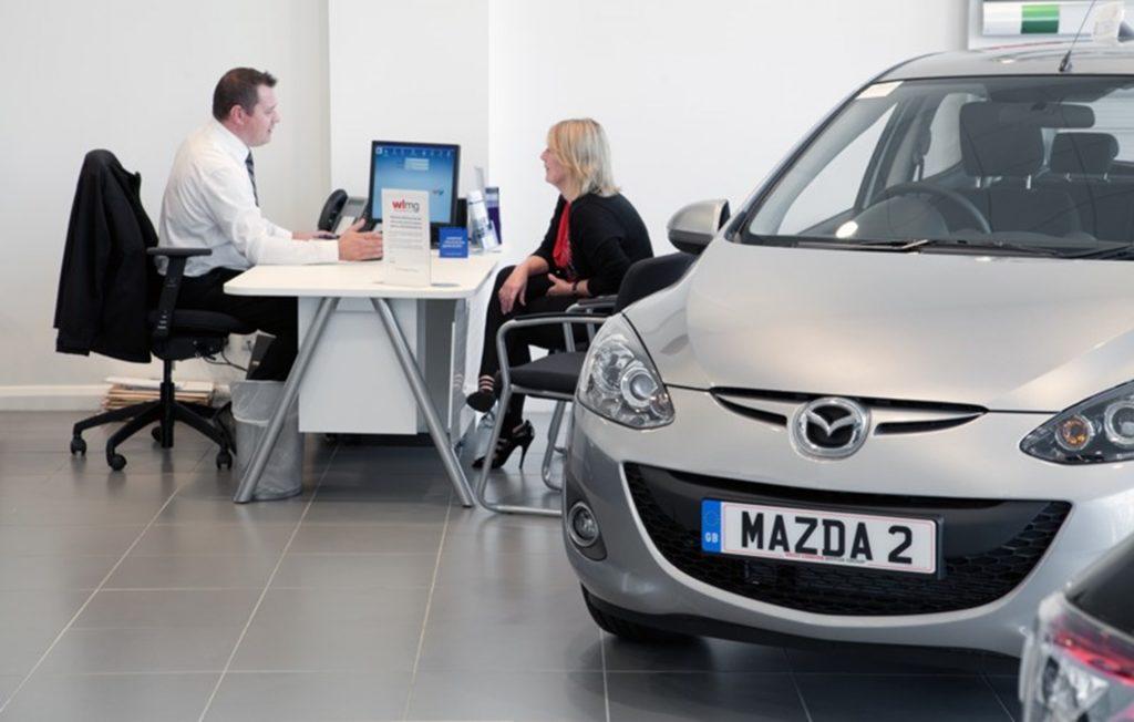 Moderne Trends im Automobileinzelhandel